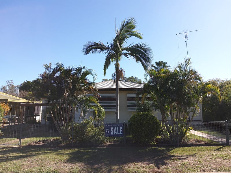 15 The Boulevard, Theodore, Qld 4719