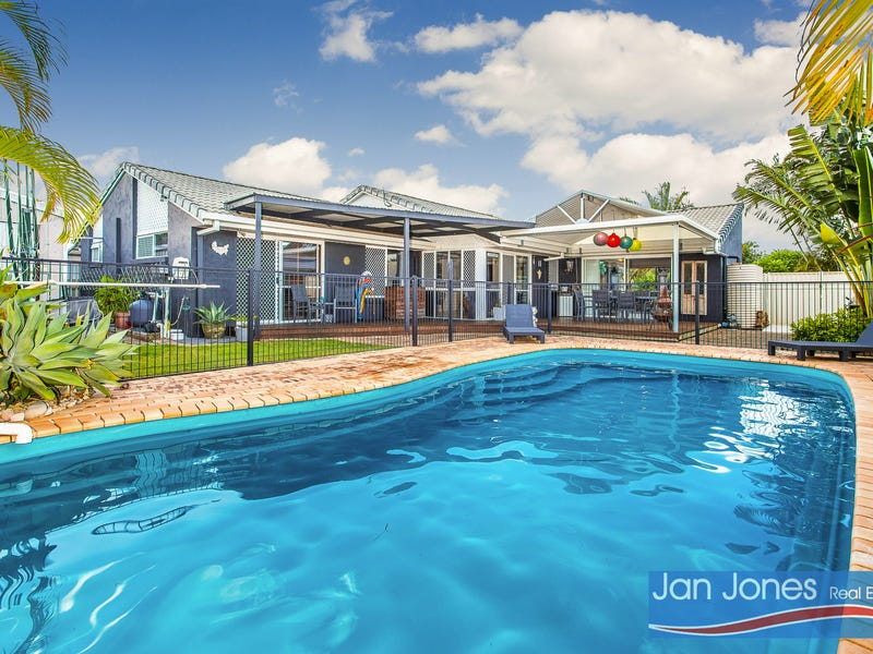 13 Hampshire Ct, Kippa-Ring, Qld 4021