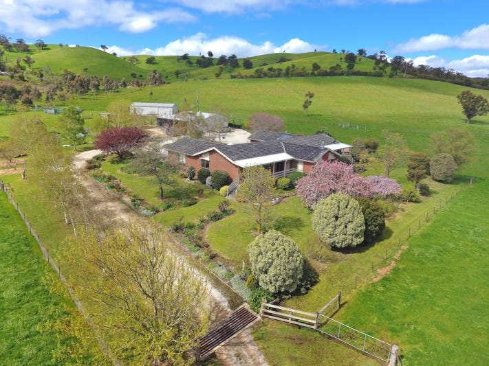 1042 Break O'Day Road, Glenburn, Vic 3717