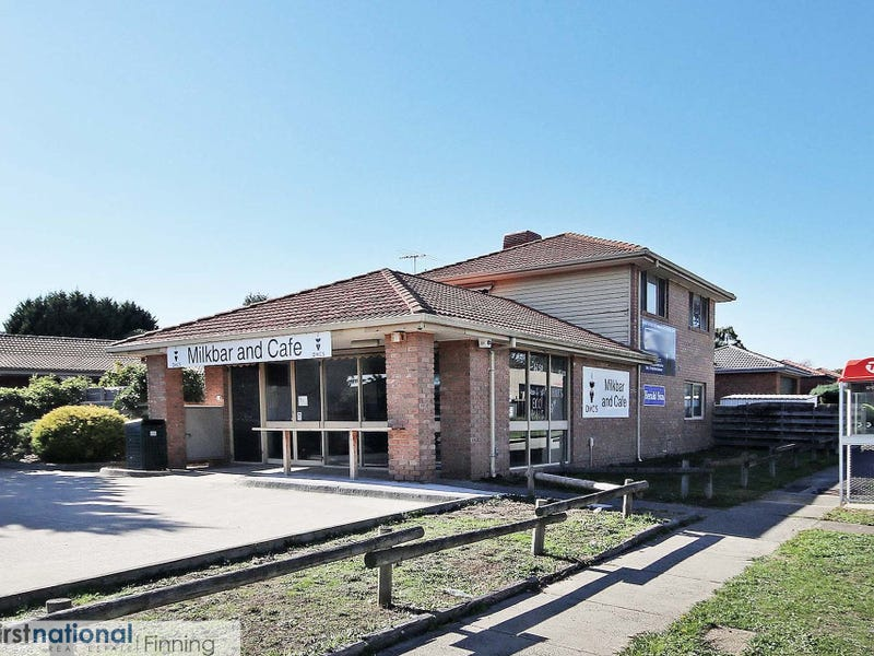 2 Lawless Drive, Cranbourne North, Vic 3977