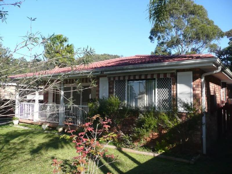 3 Shore Brace, Tascott, NSW 2250