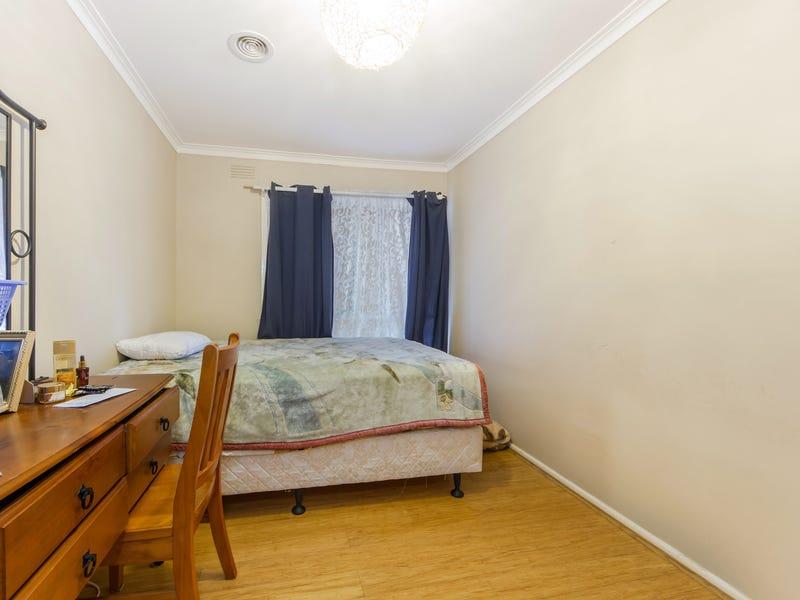 255 Sunshine Avenue, St Albans, Vic 3021
