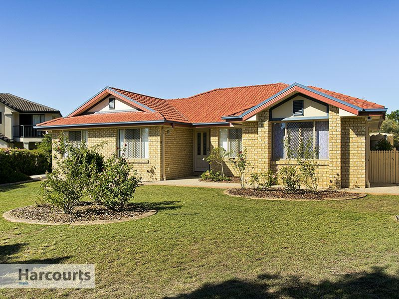 15 Ferndale Place, Upper Kedron, Qld 4055