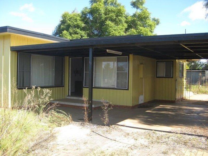 23 Margaret Street, Cobar, NSW 2835