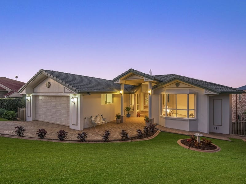27 Tralee Drive, Banora Point, NSW 2486