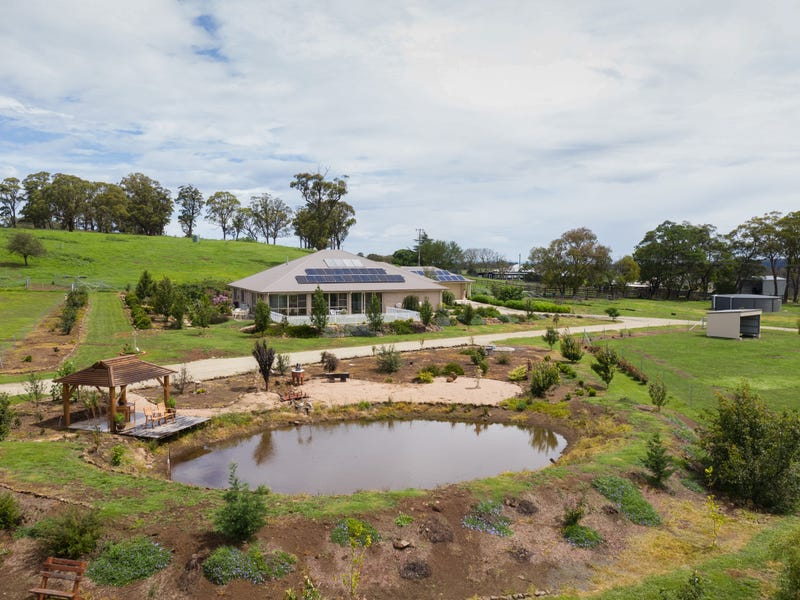 301 Toms Gully Road, Black Mountain, NSW 2365