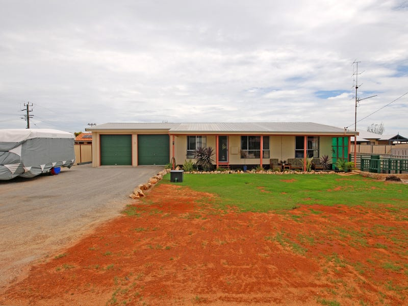 3 Coubrough Place, Jurien Bay, WA 6516