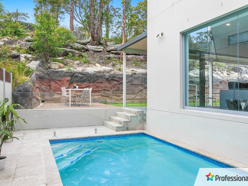 22 Sproule Road, Illawong, NSW 2234
