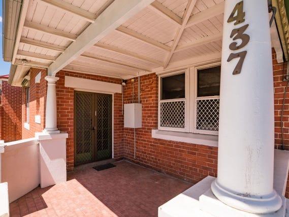 437 SMOLLETT STREET, Albury, NSW 2640