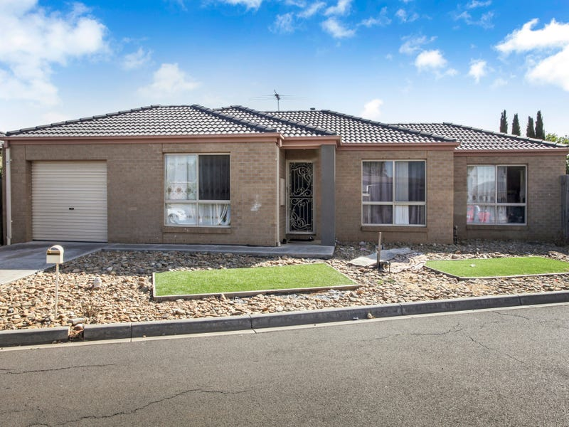 8/20-22 Roslyn Park Drive, Harkness, Vic 3337
