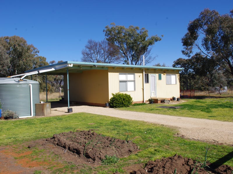 86 Toms Drive, Inverell, NSW 2360