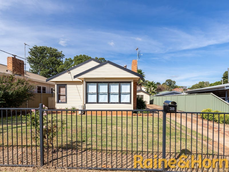 38 Leonard Street, Dubbo, NSW 2830