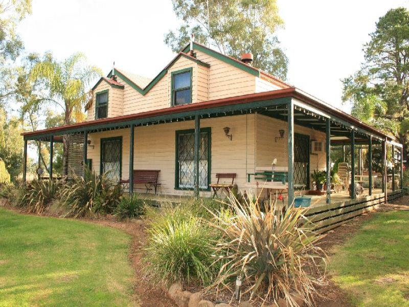 813 North Redesdale Rd, Redesdale, Vic 3444