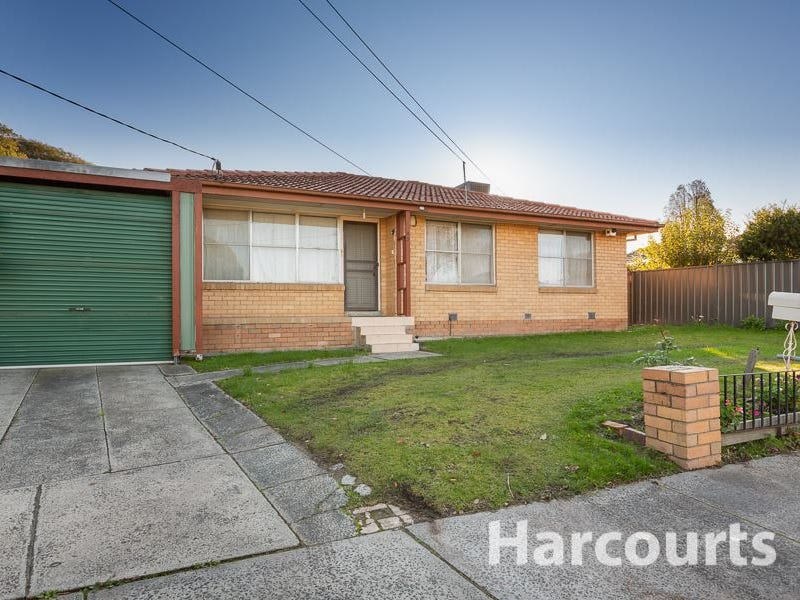 43 Booth Crescent, Dandenong North, Vic 3175