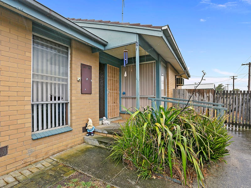 8 Challenger Close, Whittington, Vic 3219