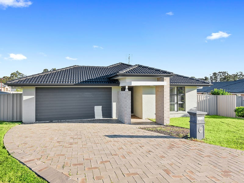 2 Yellow Rose Terrace, Hamlyn Terrace, NSW 2259