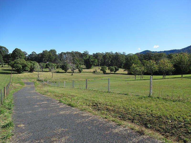 106 Faviell Drive, Bonville, NSW 2450