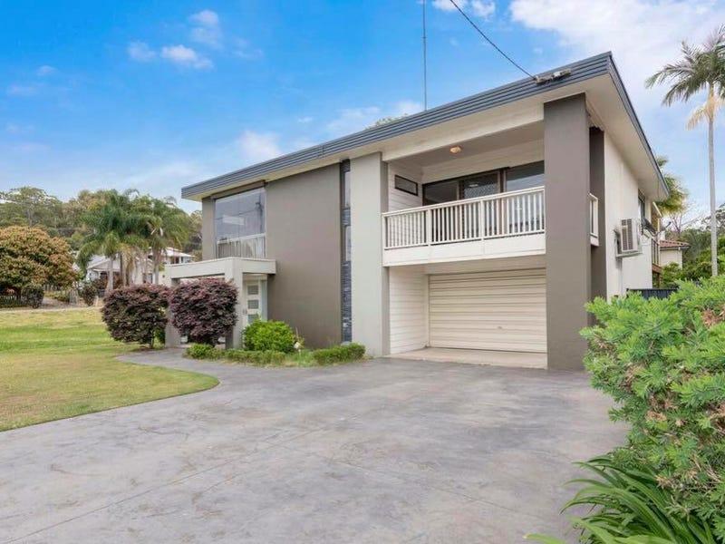 8 Waterside Avenue, Sunshine, NSW 2264