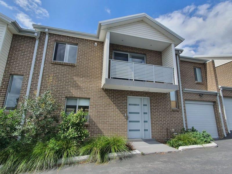 3/6 Kent Street, Minto, NSW 2566
