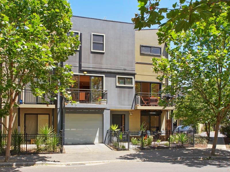 206 Stockmans Way, Kensington, Vic 3031