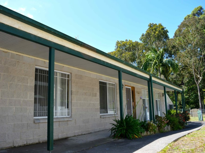 10 Macgibbon Parade, Old Erowal Bay, NSW 2540