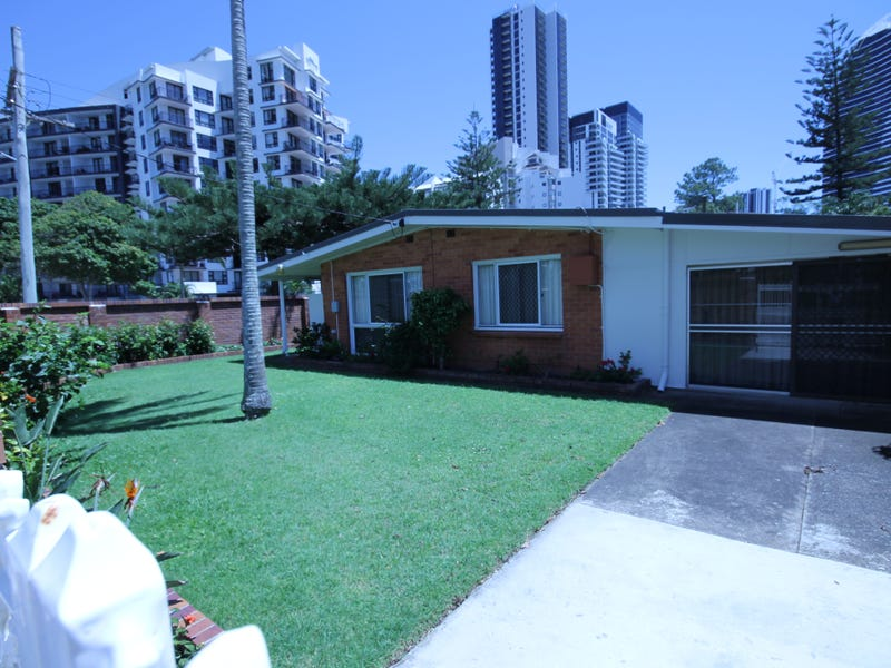 31 Surf Parade, Broadbeach, Qld 4218