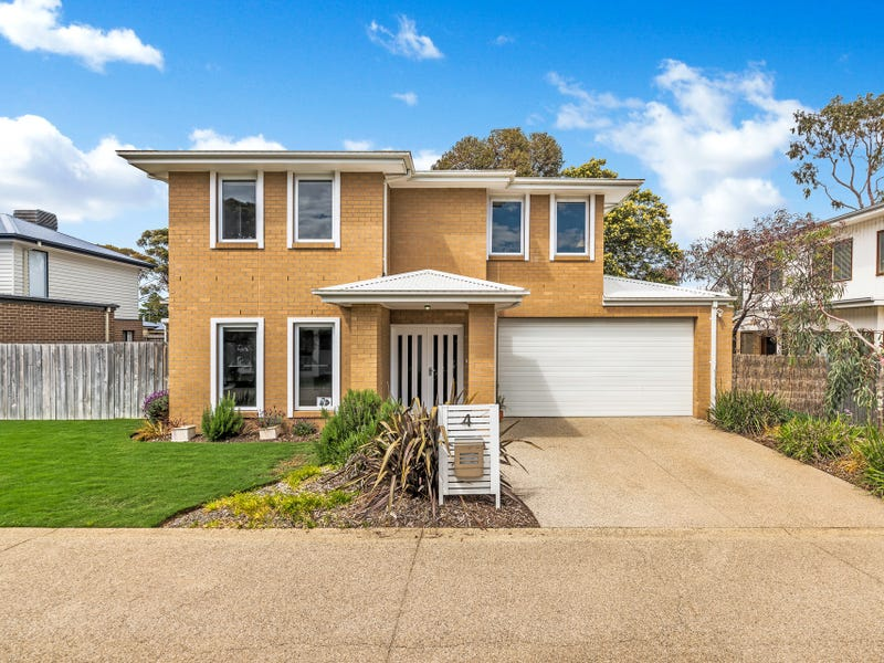 4 Ocean Mist Court, St Leonards, Vic 3223