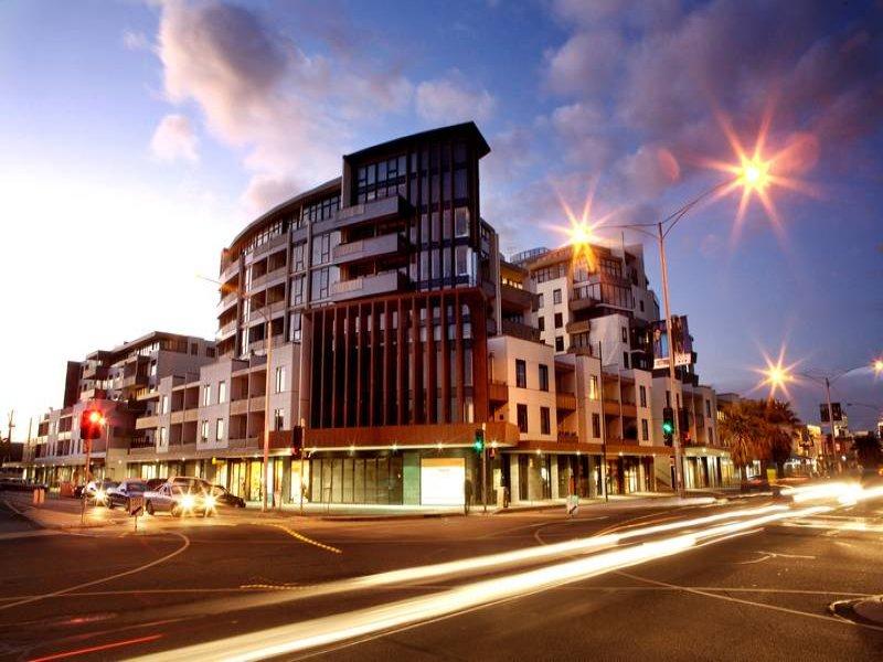 B313,55 Bay Street, Port Melbourne, Vic 3207