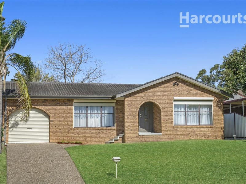 33 Spitfire Drive, Raby, NSW 2566