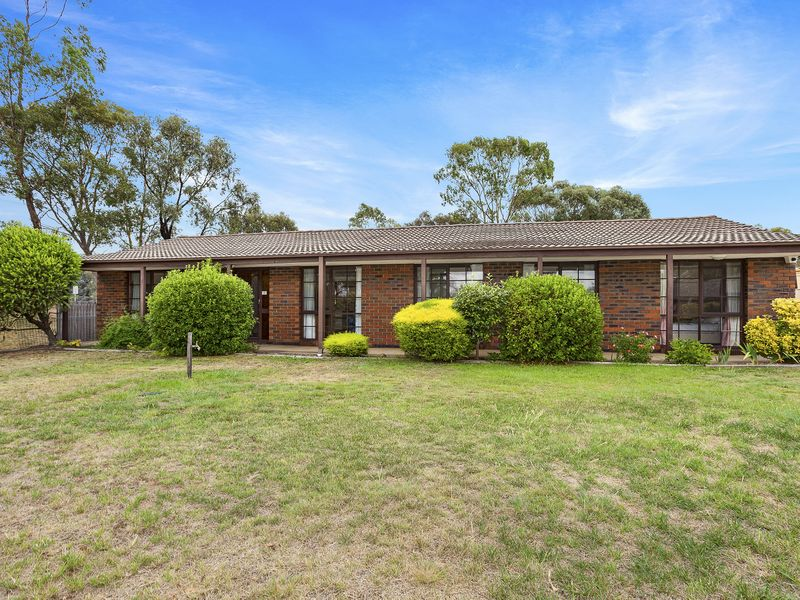 18 Whitelegge Close, Florey, ACT 2615