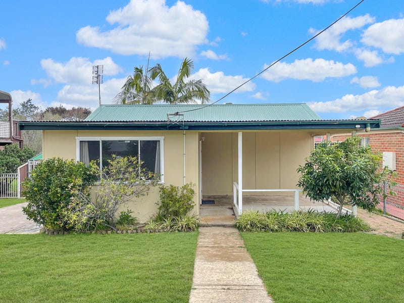 18 Kestrel Avenue, Sanctuary Point, NSW 2540
