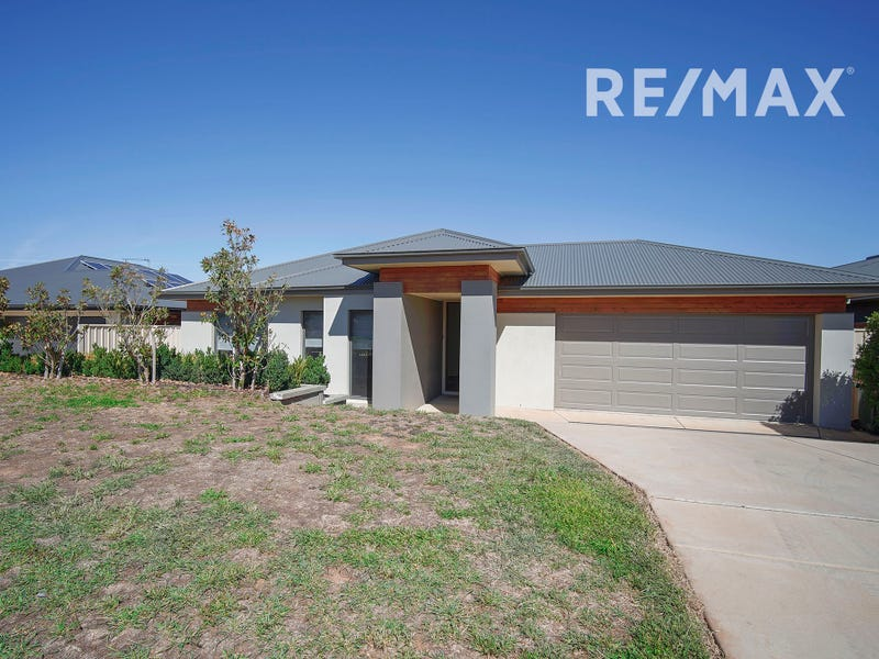 7 St Pauls Place, Gobbagombalin, NSW 2650