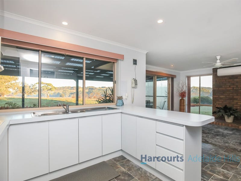 36 Harms Avenue, Birdwood, SA 5234