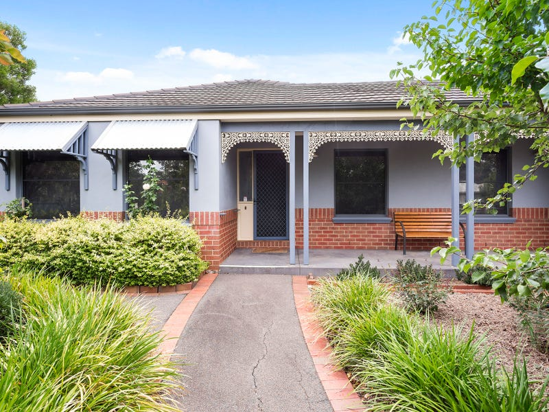 9 McCurrach Place, Strathdale, Vic 3550