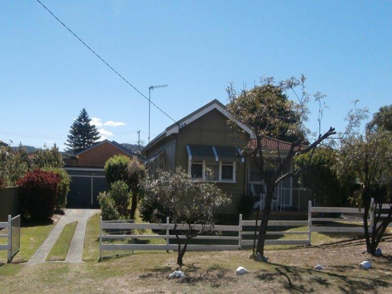 11 Rickard Street, Umina Beach, NSW 2257