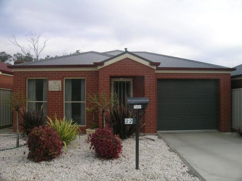 22 Bronze Drive, Kangaroo Flat, Vic 3555