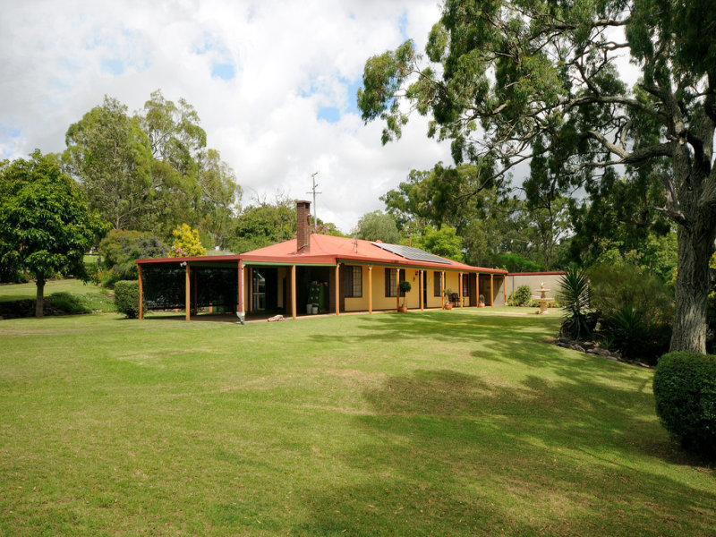 263 Old Homebush Road, Gowrie Junction, Qld 4352
