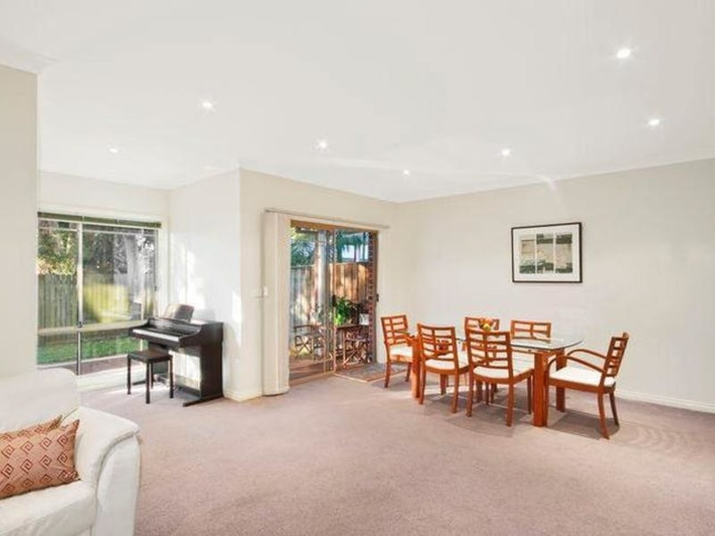 2/8 Mirbelia Place, Caringbah, NSW 2229