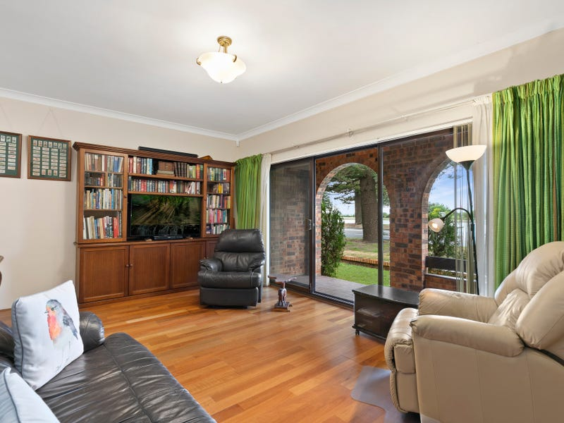 1/2C Robinson Street, Monterey, NSW 2217