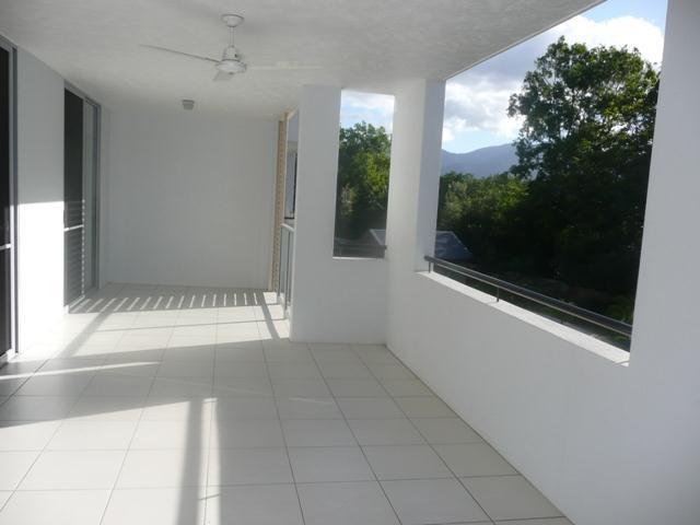 19/9-11 Mclean  Street, Cairns North, Qld 4870