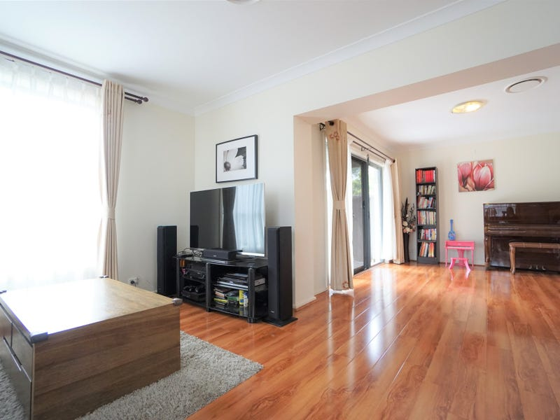 4 The Sanctuary, Westleigh, NSW 2120