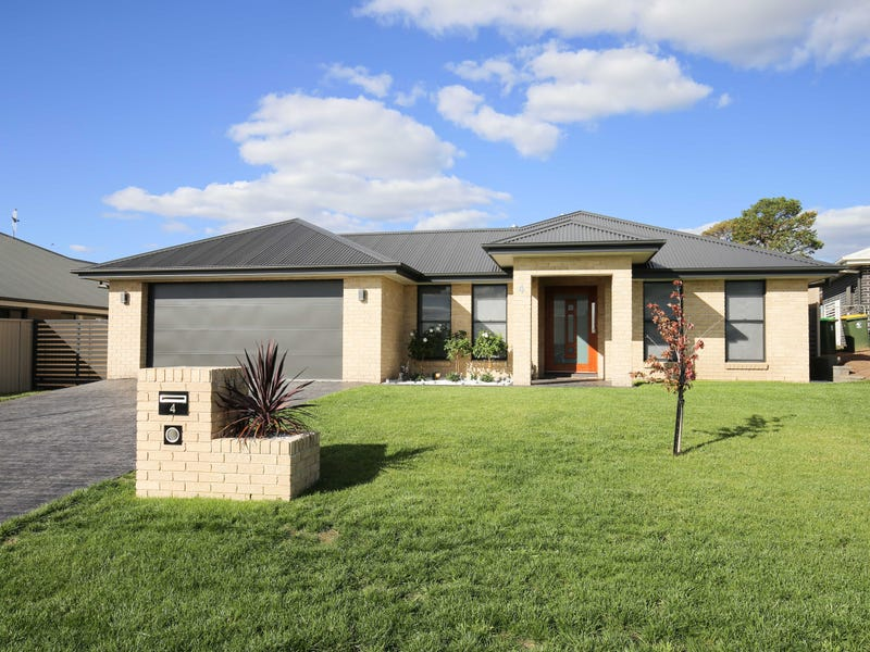 4 Byrne Close, Kelso, NSW 2795