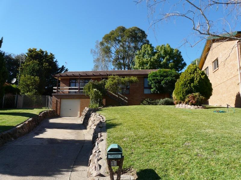 18 Casey Circuit, Bathurst, NSW 2795