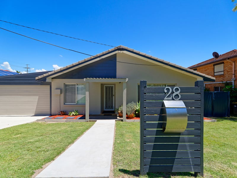 28 Houghton Ave, Redcliffe