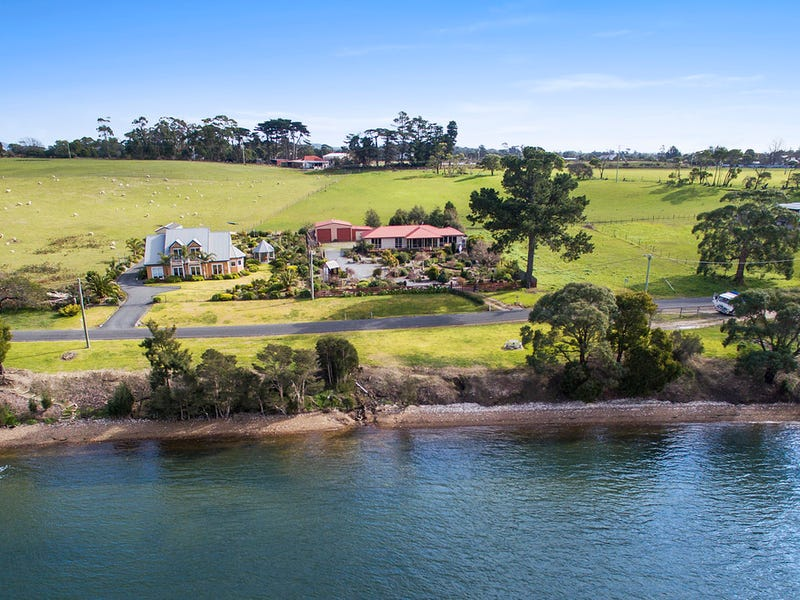 36 Sunset Boulevard, Clarence Point, Tas 7270