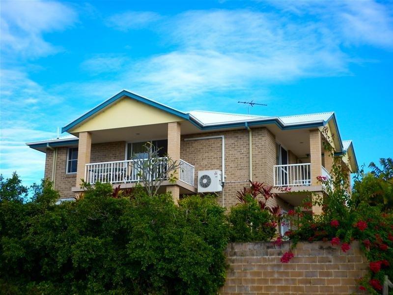 2/5 Trafalgar Lane, Woolgoolga, NSW 2456