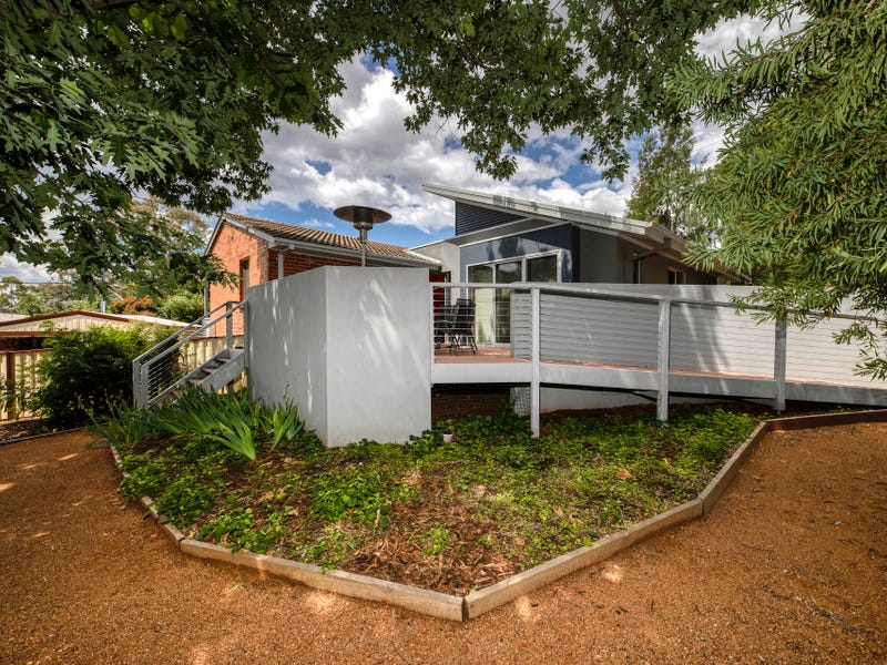 15 Reynolds Street, Curtin, ACT 2605