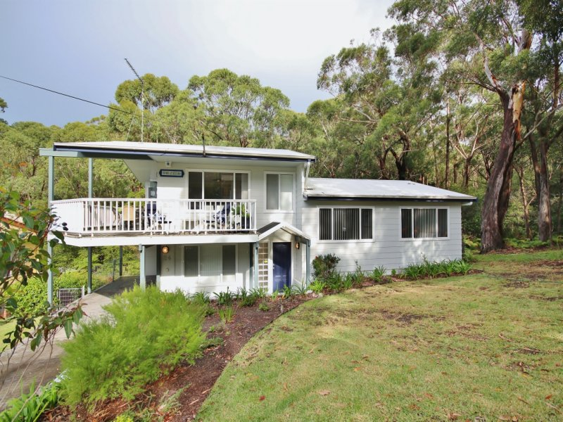 24 Hyam Road, Hyams Beach, NSW 2540