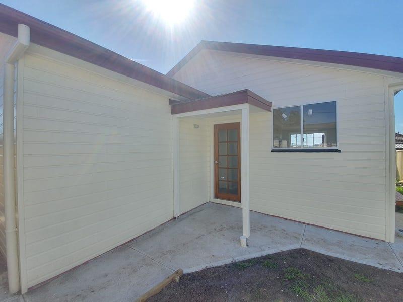 5a Commerce Lane, Taree, NSW 2430