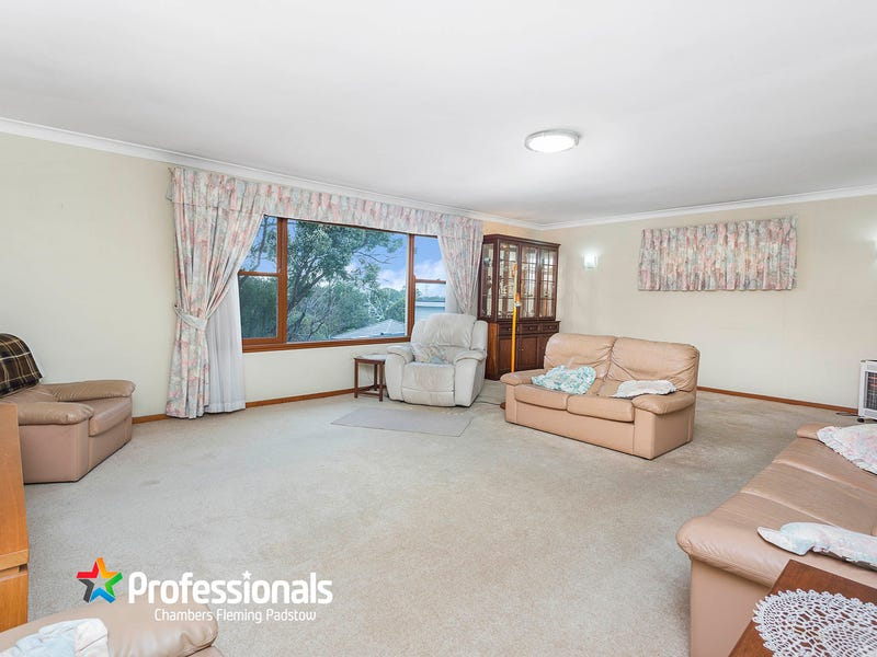 20 Hall Crescent, Padstow, NSW 2211